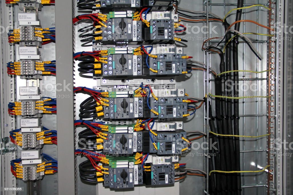 Surprising Electric Wiring Circuit Breakersboxcontrol Panel With Fusesrailslow Wiring Digital Resources Tziciprontobusorg