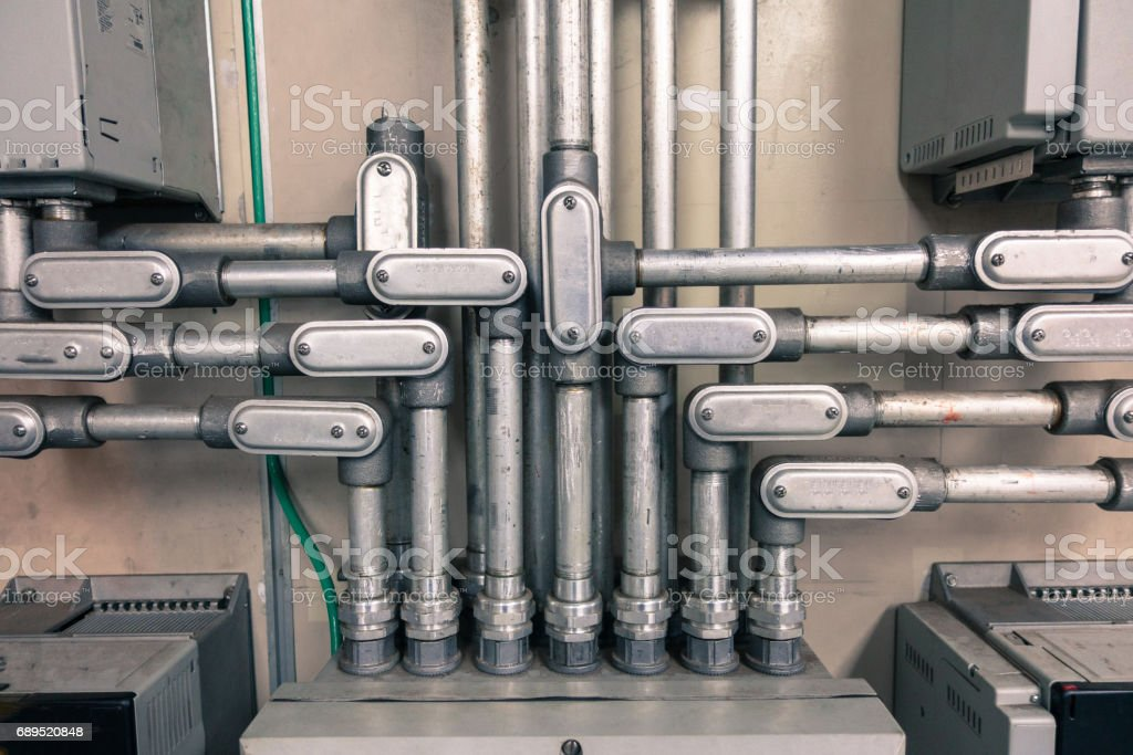 Electrical conduit connected to junction box for connect