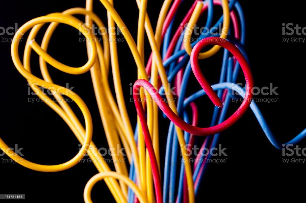 Fili Elettrici Nei Colori Primari Rosso Giallo Il Blu Sfondo Nero