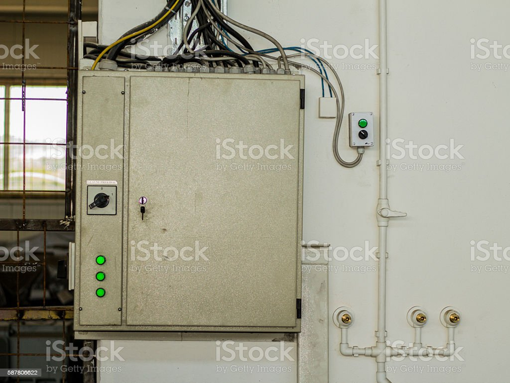 Wondrous Fuse Box Industry Wiring Diagram A6 Wiring Digital Resources Unprprontobusorg