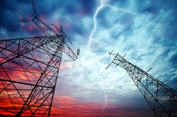 電力\;;タワーズ - 各国の観光地 ストックフォトと画像
