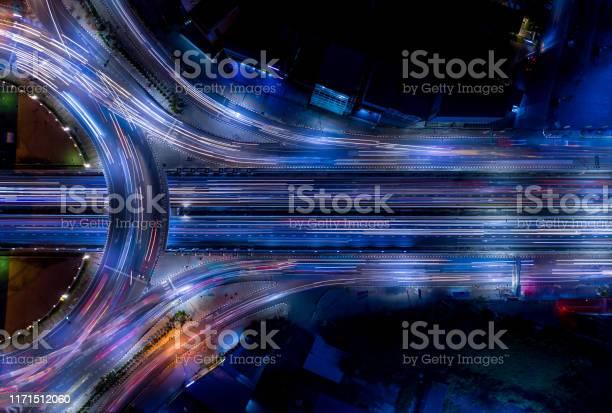 Electron Of Traffic Light Tail That Show It Is A Life Build Of Infrastructure Road And Economic System Transportation And Communication - Fotografias de stock e mais imagens de Ao Ar Livre