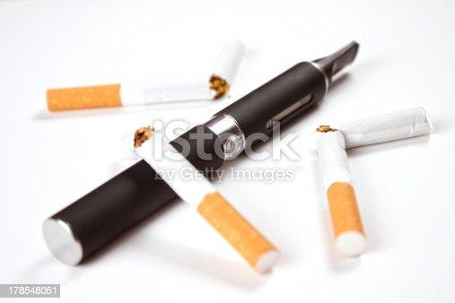 177005367 istock photo Electronic cigarette 178548051