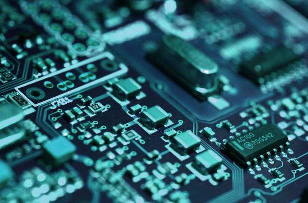 電子回路基板をクローズ アップ。電子部品。 - 電気部品 ストックフォトと画像