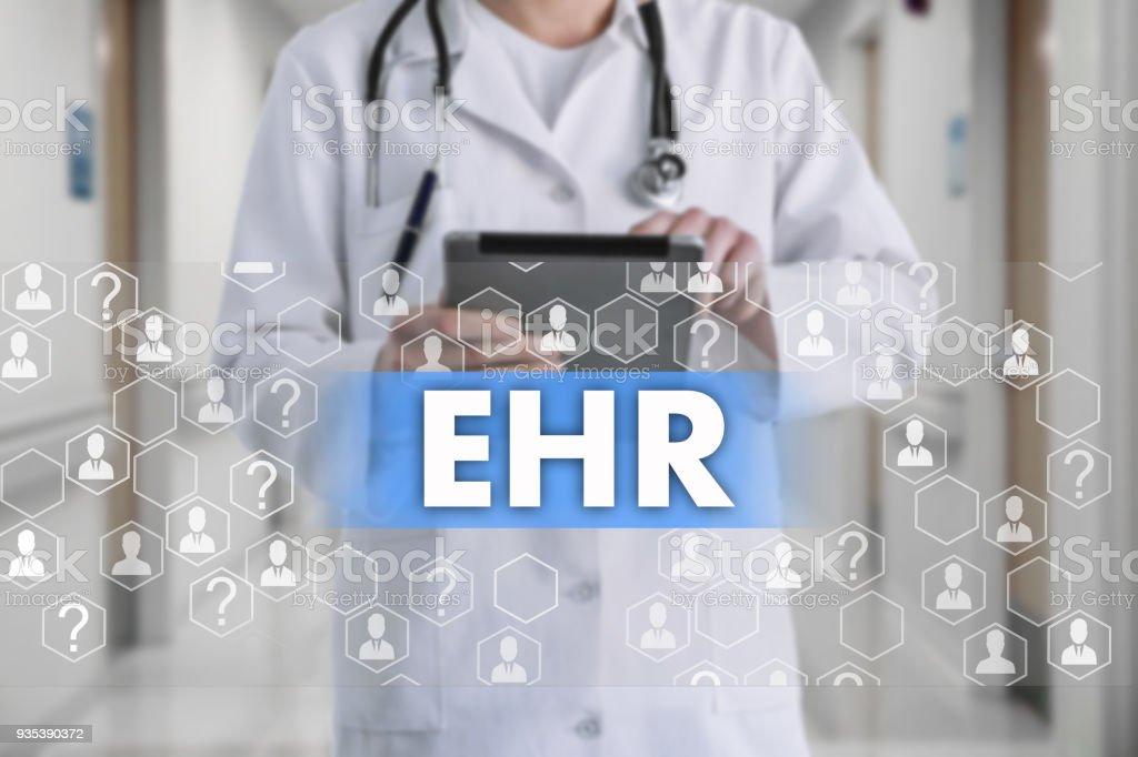 Registro eletrônico de saúde. RSE na tela de toque com ícones de medicina sobre o fundo blur médico no hospital. Tratamento de inovação, serviço, saúde de análise de dados. Registro de saúde eletrônico de conceito de cuidados de saúde médico, EHR - foto de acervo