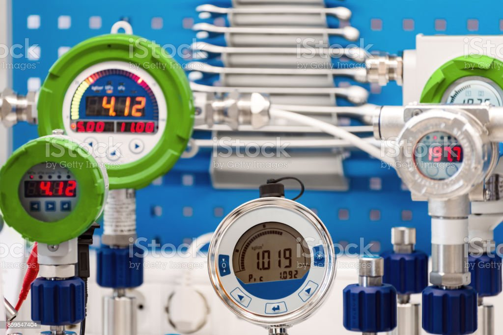 Electronic manometers. Modern instruments for measuring pressure stock photo