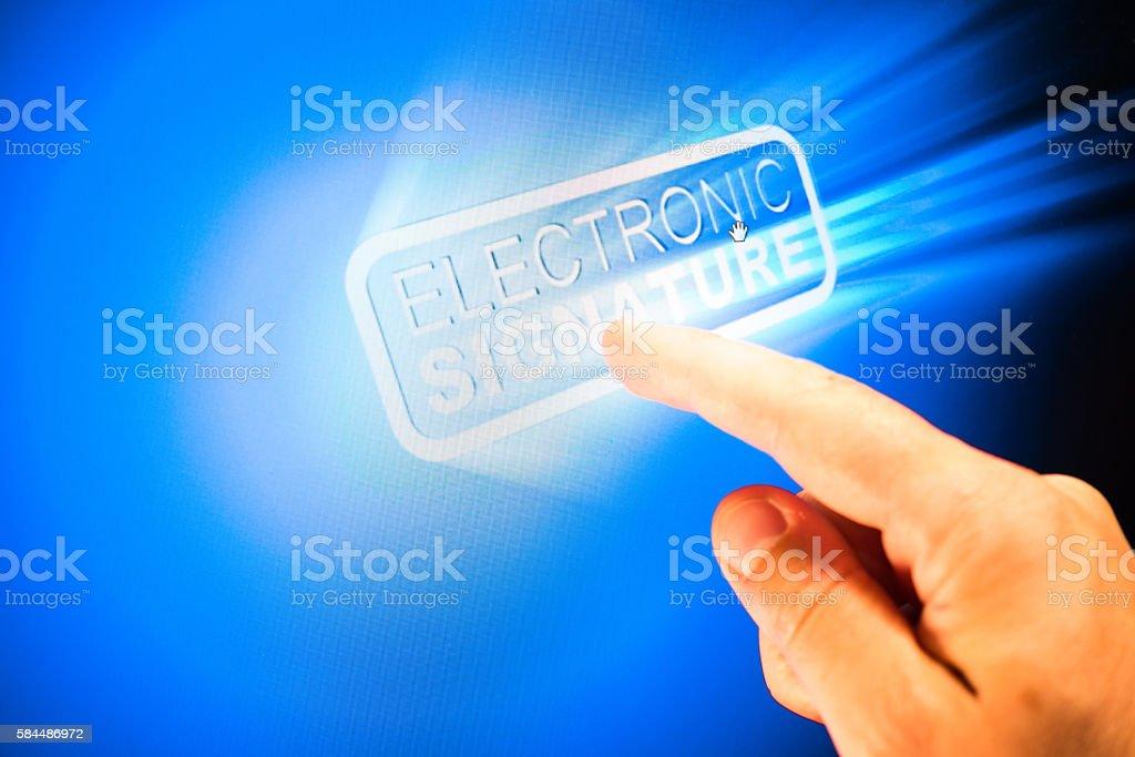 Assinatura eletrônica - foto de acervo