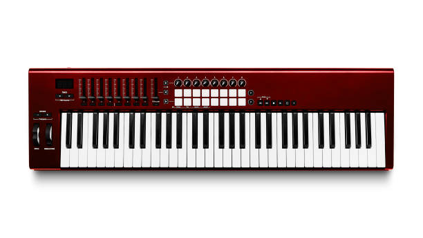 Piano synthétiseur électronique isolé sur blanc - Photo