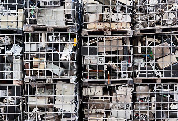 elektronik-abfall - hajohoos stock-fotos und bilder