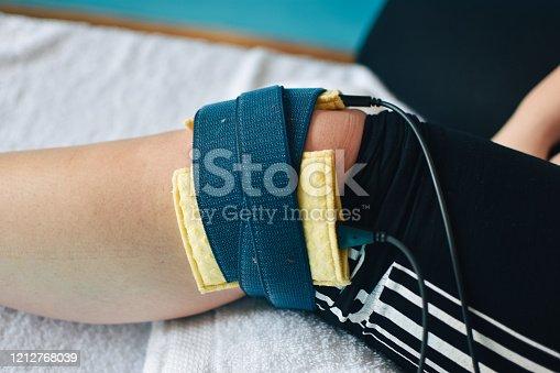 Orthopedist, Electrode, Healthcare And Medicine, Medicine