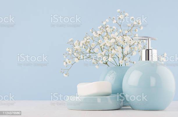 Elegant acessories for dressing table soft pastel blue ceramic bowls picture id1124375580?b=1&k=6&m=1124375580&s=612x612&h=hozmesjgzybyqu3qyqbgd3sdpaboclop 8ejzipihqg=