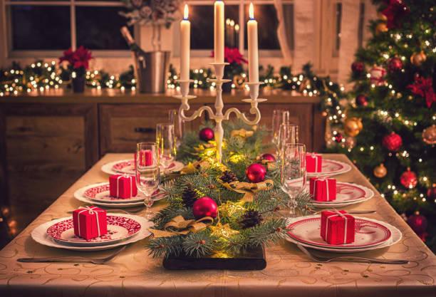 Eleganter Weihnachtstisch – Foto