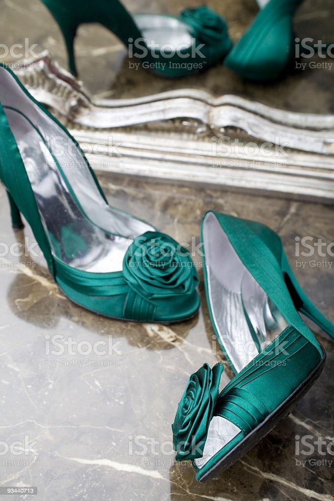 Elegante grüne Schuh Lizenzfreies stock-foto