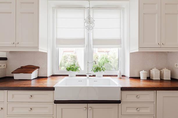 elegante küche möbel - schrank stock-fotos und bilder