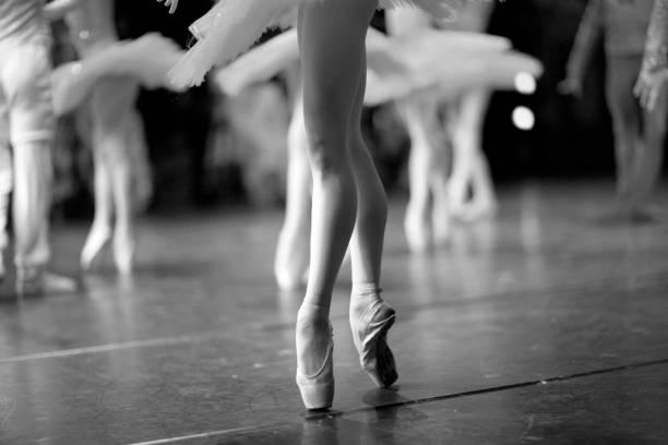 Elegante Beine einer Ballerina – Foto