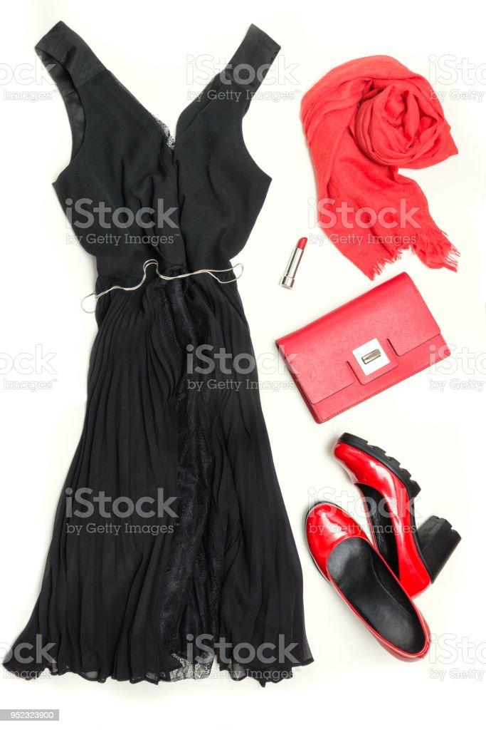 De Mujeres Poco Elegante Vestido Negro Y Rojo Accesorios Para Fiesta O Vacaciones La Endecha Plana Foto De Stock Y Más Banco De Imágenes De A La Moda