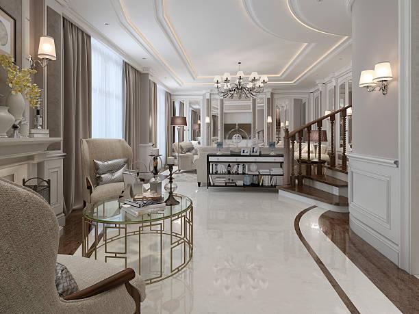 elegante wohnzimmer im klassischen stil - wandleuchte treppenhaus stock-fotos und bilder