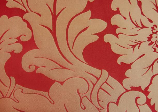 fond floral élégant de damas rouge - damas en matière textile photos et images de collection