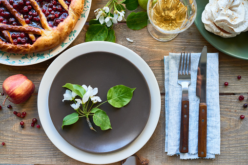 Elegant spring dining table