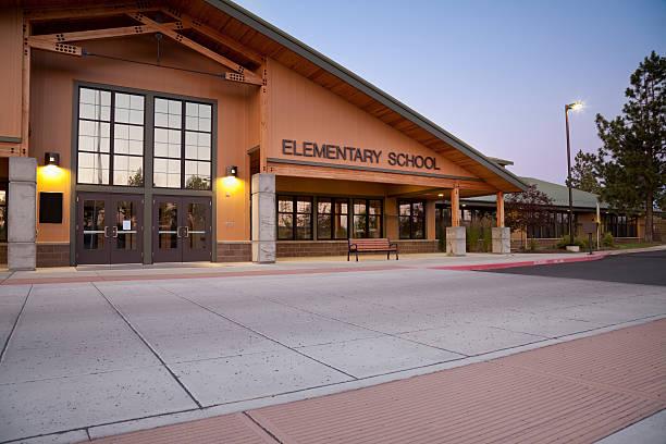 elementary school - grundschule stock-fotos und bilder