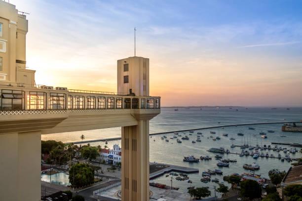 elevador lacerda (elevador lacerda) no pôr do sol - salvador, bahia, brasil - nordeste - fotografias e filmes do acervo