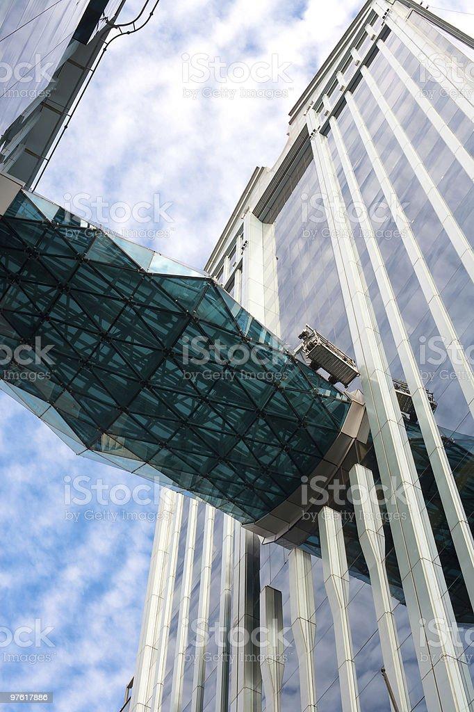 Elevated footbridge royaltyfri bildbanksbilder