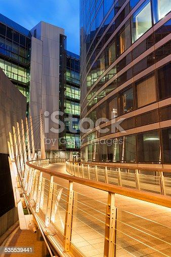 889637894 istock photo Elevated Walkway in La Defense Financial District at Dusk, Paris 535539441