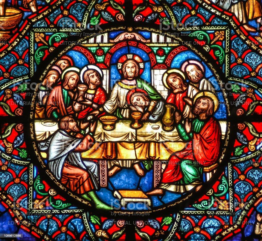 Ely, Cambridgeshire, Großbritannien, 19. Juli 2007, Ely Cathedral-Glasmalerei-Fenster zeigt das letzte Abendmahl mit Jesus Christus und die Desciples am Tisch – Foto