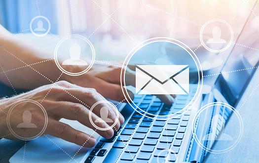 Emailmarketingkonzept Stockfoto und mehr Bilder von Abschicken