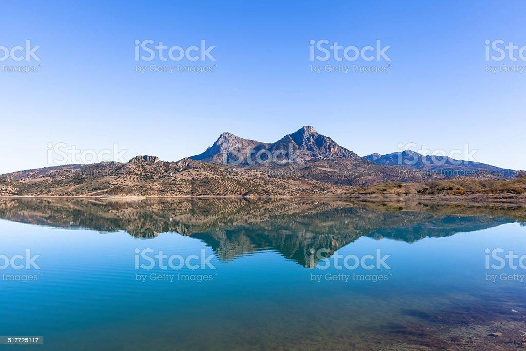 Embalse De ザハラ湖grazalema ...
