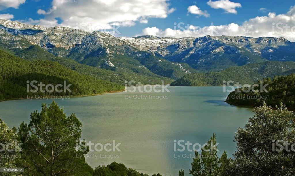 Embalse del Tranco, en las Sierras de Cazorla, Segura y Las Villas. stock photo