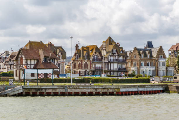 Embankment in Deauville, France Picturesque houses on Embankment in Deauville, France calvados stock pictures, royalty-free photos & images