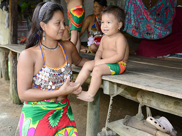embera mother and child - embera indian women stock pictures, royalty-free photos & images