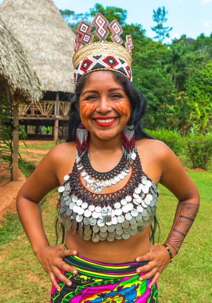 embera quera indigenous portrait in panama - embera indian women stock pictures, royalty-free photos & images