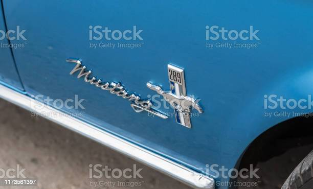 Emblem on the retro car ford mustang picture id1173561397?b=1&k=6&m=1173561397&s=612x612&h=zi6r3fvg yuhem81d8ayghlyvcwjuwwfvh3ll2y9m6u=