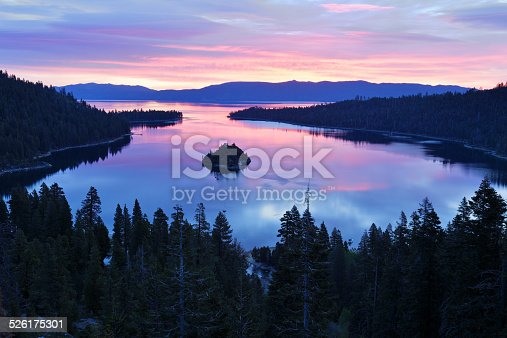 Emerald Bay (Lake Tahoe, California).