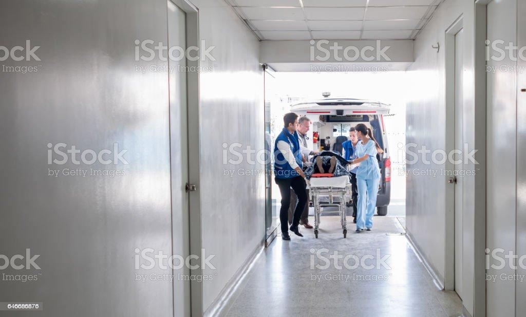 Emergencia en el hospital - foto de stock