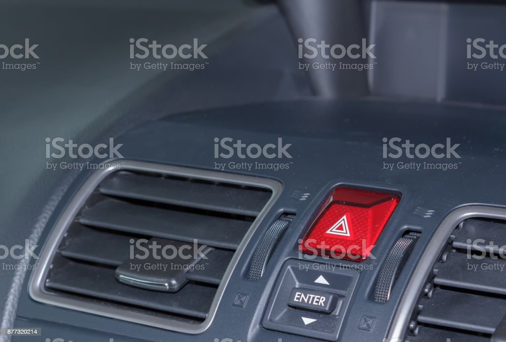 Luzes de emergência em veículos. - foto de acervo