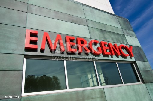 istock Emergency sign 153701241