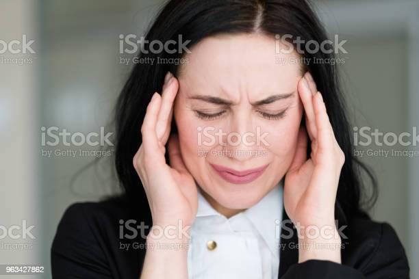 Emocje Złe Wieści Niepokój Martwić Przerażenie Stres Kobieta - zdjęcia stockowe i więcej obrazów Blond włosy