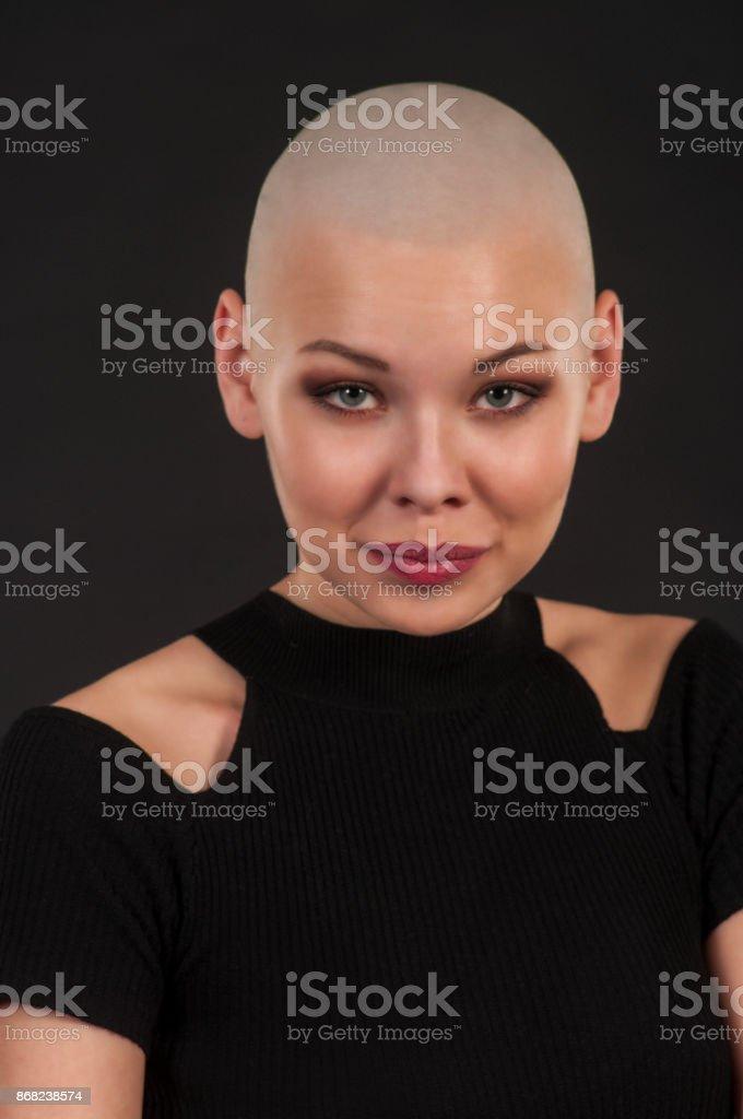 Glatze mädchen Urlaubsfrisur (Frau/Mädchen)?