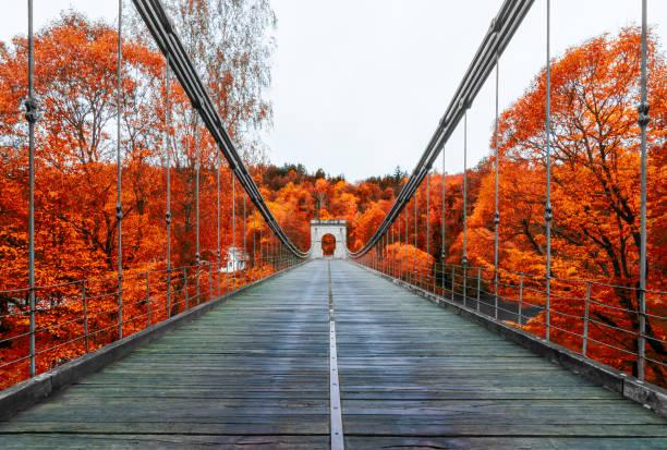 Pont des chaînes Empire à travers le fleuve Luznice, Stadlec, Czech Republic, Europe - Photo