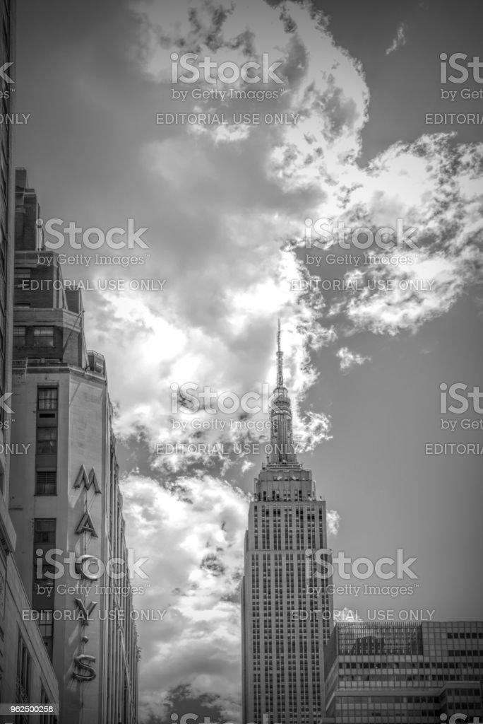 Empire State building - Foto de stock de Antena - Equipamento de telecomunicações royalty-free