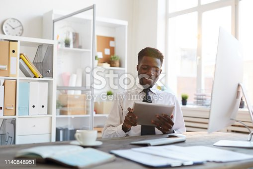 istock Employee with touchpad 1140848951