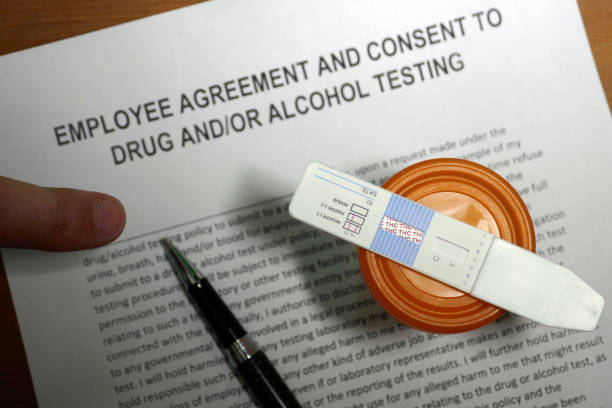 Employment Cannabis drug test Employee agreement and consent to drug and/or alcohol testing. thc stock pictures, royalty-free photos & images