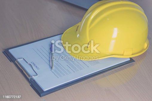 976560476 istock photo employment contract 1160772137