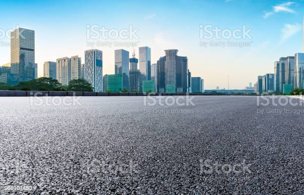 Leere Asphaltstraße Und Moderne Skyline In Shenzhen Stockfoto und mehr Bilder von Architektur