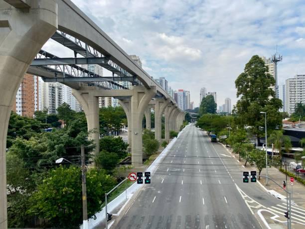 Leere Allee in Sao Paulo – Foto