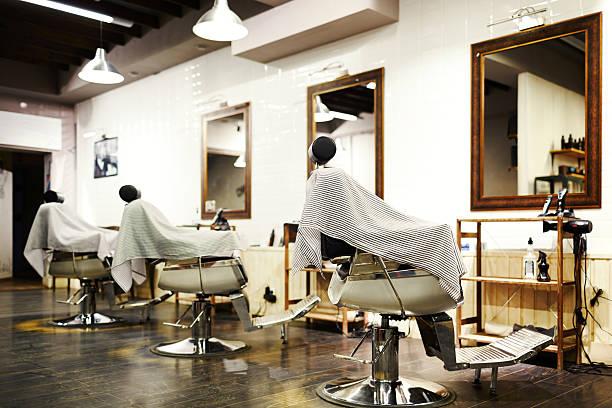 空の理髪店 - 美容院 ストックフォトと画像