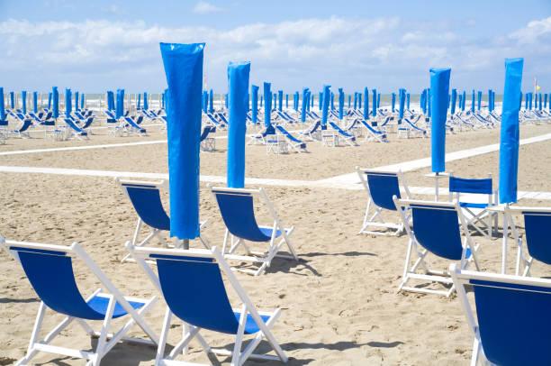 Leerer Strand durch Corona-Sperre, Italien, Adria-Küste, Urlaub unmöglich – Foto